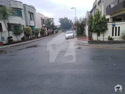 1 Kanal Pair Plots Ghouri Block Near Park Bahria Town Lahore