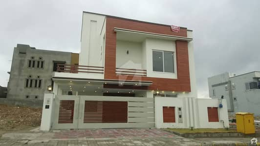 10 Marla Double Unit Height Location Luxuries House Available For Sale