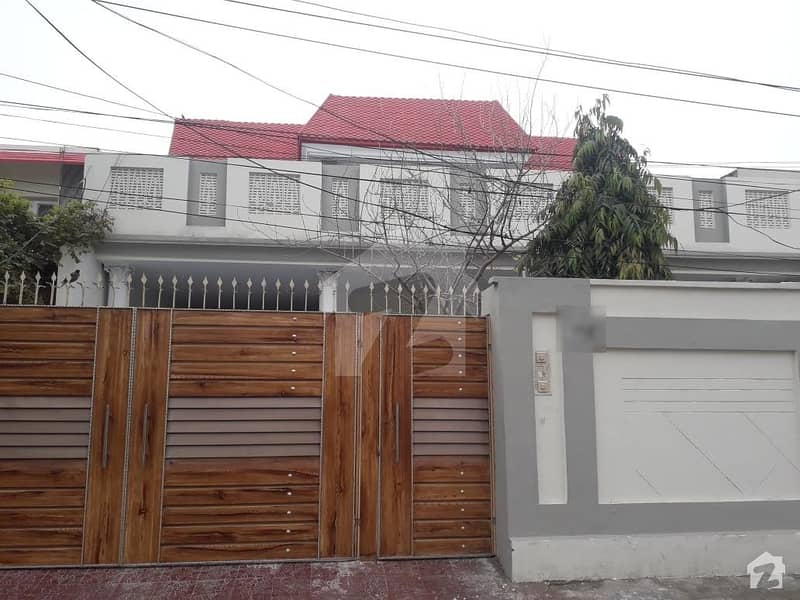 Canal Colony House Is Available For Rent