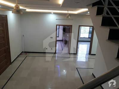 Kanal  Bungalow for Rent in DHA Phase  3 X Block