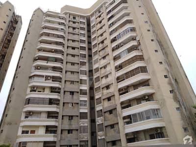 Born Vista Apartment In Clifton Block 2
