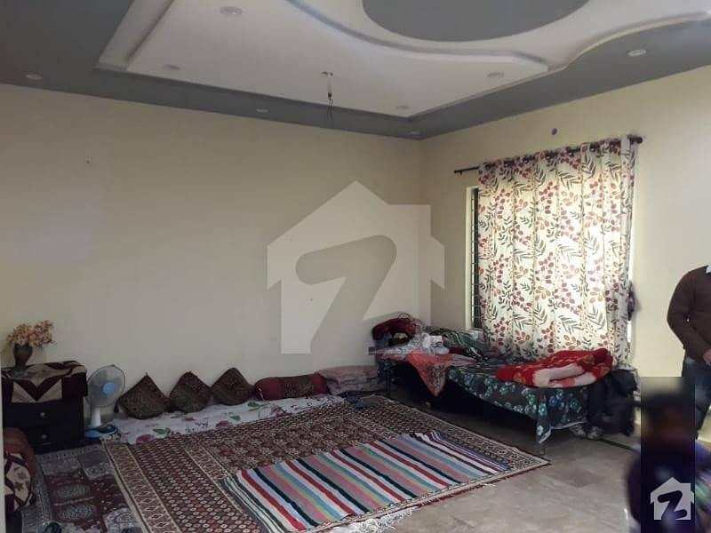 پاک عرب ہاؤسنگ سوسائٹی لاہور میں 2 کمروں کا 3 مرلہ بالائی پورشن 17 ہزار میں کرایہ پر دستیاب ہے۔