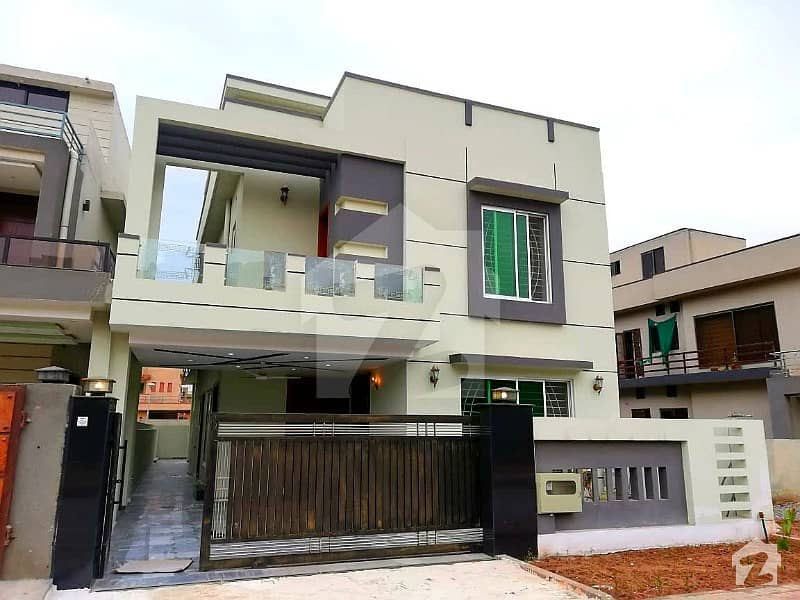 Ten Marla Nicely Build House In Bahria Town