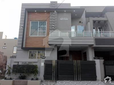 5 Marla Pair House For Sale In Tariq Garden