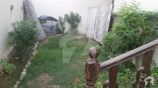 Kda Ext, near time medico, 5 bed dd, well maintain banglow. .