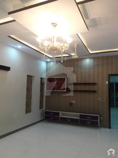 Excellent Location 10 Marla Brand New House Available For Rent In Gulbahar Block