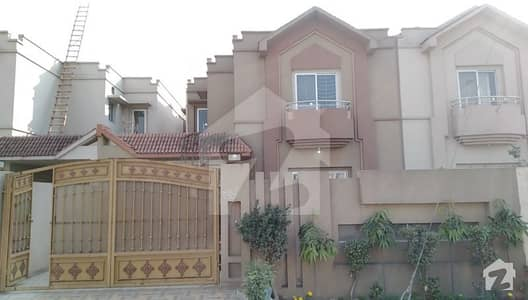Old Double Storey House For Sale At Good Location On Multan Road