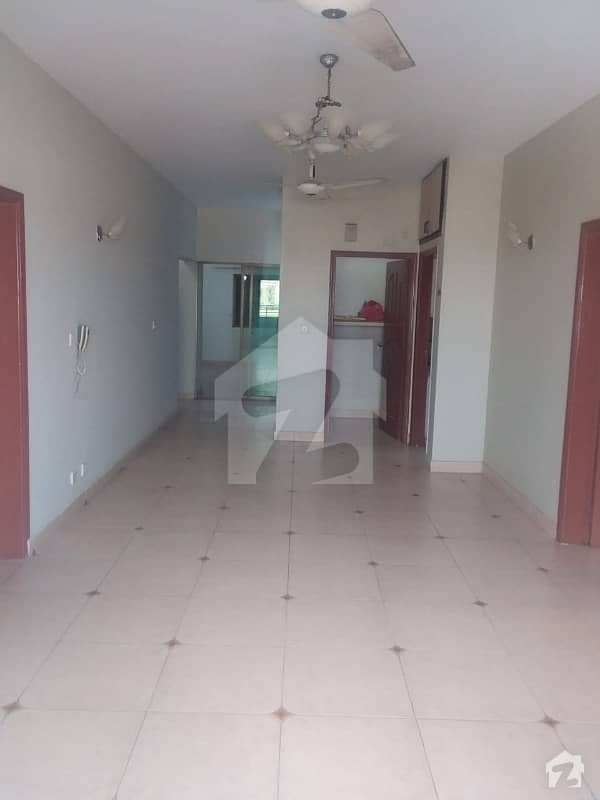Flat For Rent 3 Bedrooms With All Modern Facilities