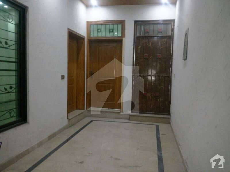 5 MARLA BRAND NEW LOWER PORTION NEW IQBAL PARK NEAR DHA LAHORE RENT 26000