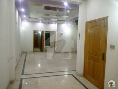 5 MARLA BRAND NEW UPPER PORTION NEW IQBAL PARK NEAR DHA LAHORE RENT 24000