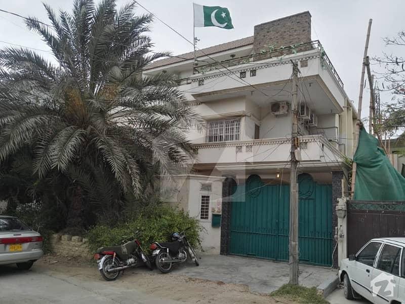 کلفٹن ۔ بلاک 2 کلفٹن کراچی میں 3 کمروں کا 8 مرلہ فلیٹ 1.15 لاکھ میں کرایہ پر دستیاب ہے۔
