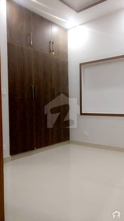 1 bedrooms flat for rent in jubilee town lahore