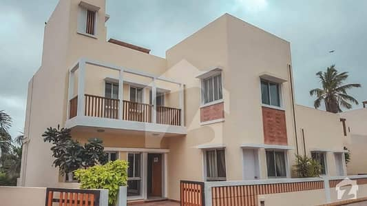 Naya Nazimabad Villa Is Available For Sale