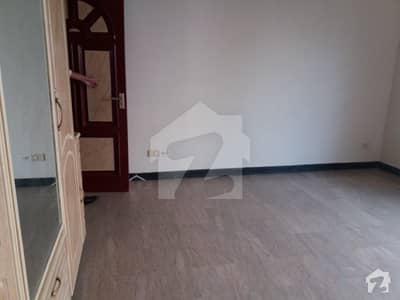 Gulberg 3 link MM Alam Road 2 kanal upper portion separate gate for rent