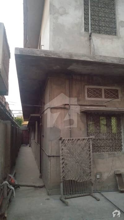 18. 3 Marla Double Storey Saperate Entrance House For Sale