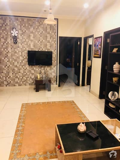 Super Luxurious Ground Modern Stylish Apartment Look Like Town House 3 Master Bedrooms Facing Park