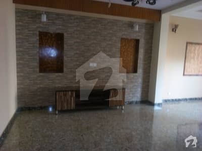 10 marla lower portion for rent in jubilee town lahore