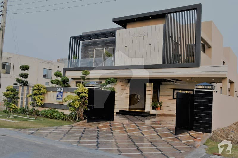 1 Kanal Mazhar Munir Brand New Stylish Bungalow For Sale Nearby Main Park In State Life Housing Society Phase 1 Lahore