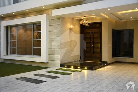1 Kanal Luxurious Bungalow With Extra Modern Design In State Life Society
