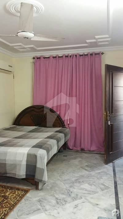 Beautiful Furnished Room For Rent For Females Only