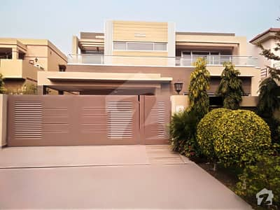 Syed Brothers Offer 1 Kanal Slightly Used Most Royal Place Out Class Modern Luxury Bungalow For Sale In Dha Phase V