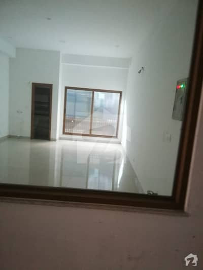 Flat is available for sale on ideal location of murree urgently required