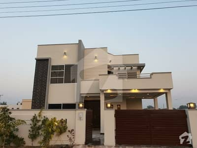 10 Marla House For Sale On 60 Feet Road