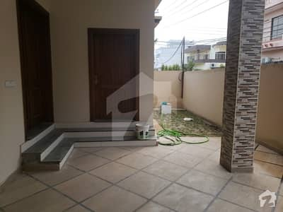 10 Marla New House For Sale In Bilal Town