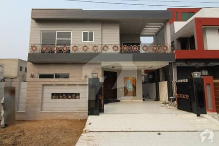 10 Marla Brand New Modern Style Double Unit Bungalow