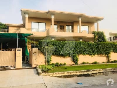 chaklala scheme 3 kanal House at prime location 7 bed