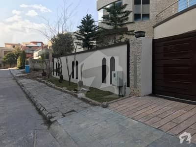1 Kanal Double Unit House For Sale in Bahria Town Phase 1