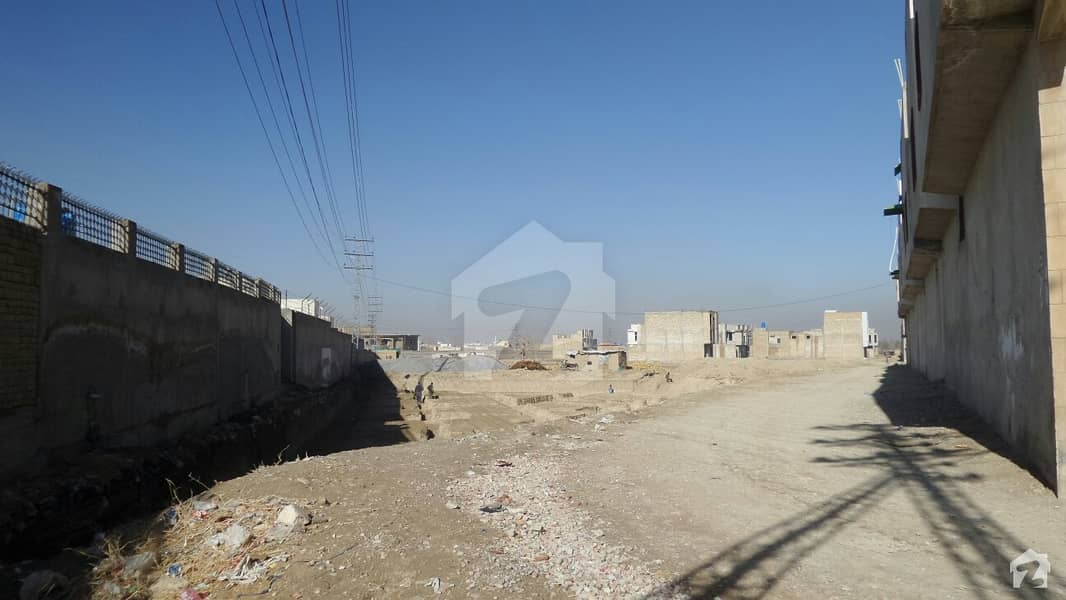 Agha Jee Builders Offers Under Construction Bungalow For Sale On Installment At Lehri Gate Near Asian Villas
