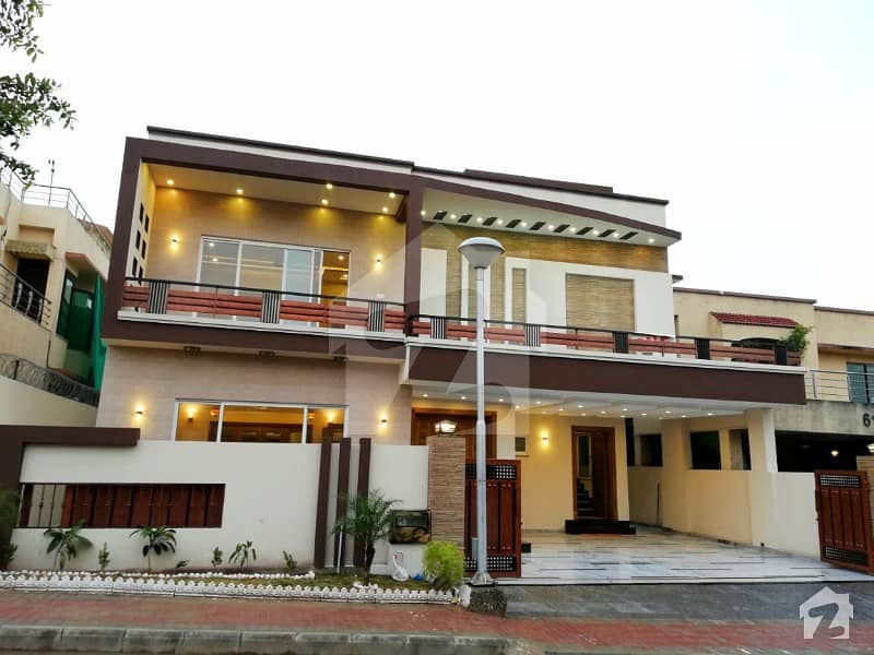Brand New Out Class 1 Kanal House In Bahria Town