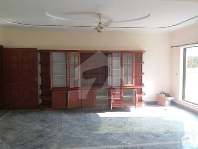 Boulevard Corner 5 Bed Double Unit House For Sale