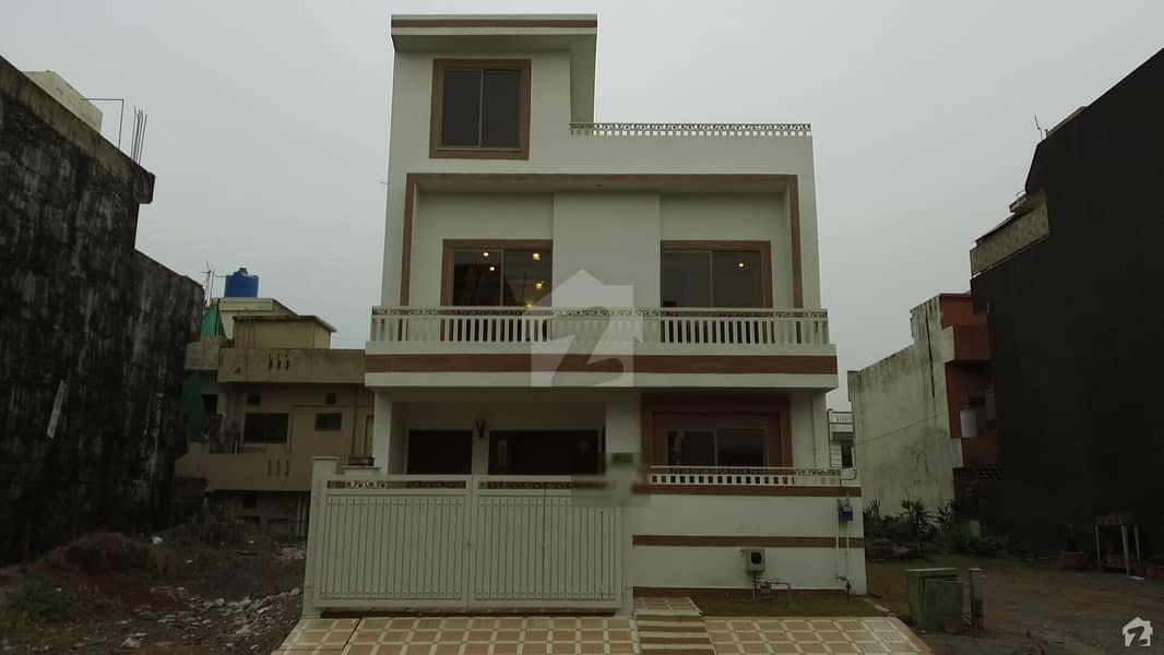 Model Double Unit House For Sale