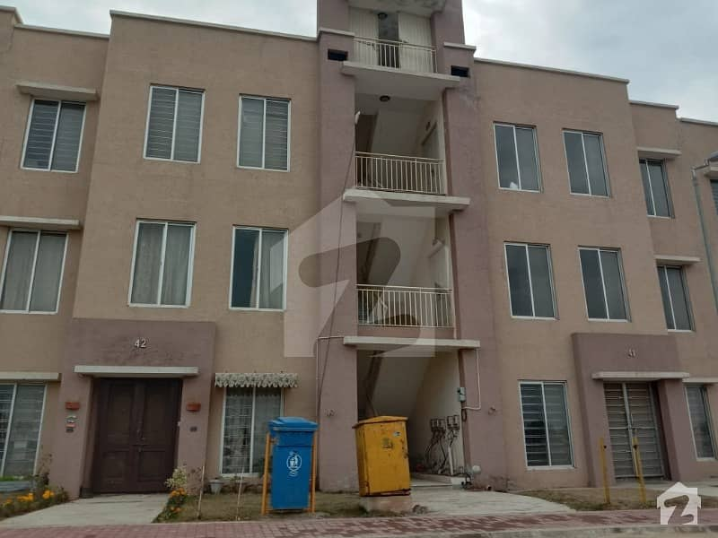 Awami Villa 5 First Floor Flat  For Sale