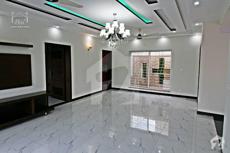 اسٹیٹ لائف ہاؤسنگ سوسائٹی لاہور میں 4 کمروں کا 10 مرلہ مکان 2. 2 کروڑ میں برائے فروخت۔