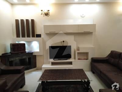 10 Marla Fully Furnished Luxury House Available For Rent