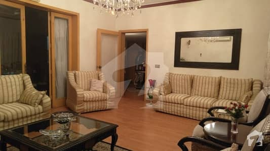 Non Furnished House For Sale At Good Location