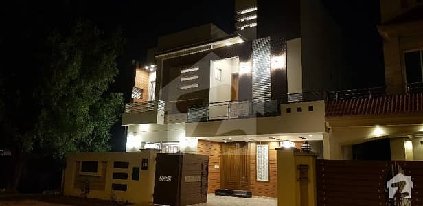 DESIGNER FINISHED 11 MARLA FULLY FURNISHED HOUSE FOR SALE IN BAHRIA TOWN LAHORE