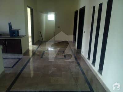 16  Marla Brand New House For Rent