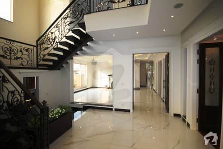 Near To Park And Jalal Sons Top Class Construction Spanish Villa for sale