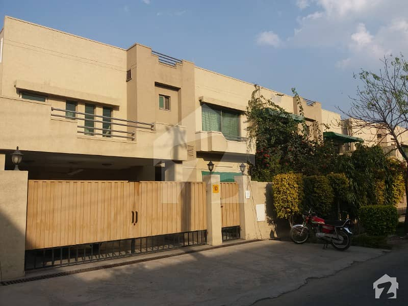 Askari 11  Sector A  10 Marla 3 Bed Luxury House For Sale
