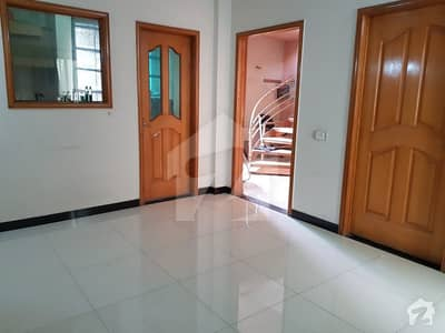 3 Marla Flat For Rent Air Port Road Near To Dicine Center Lahore Cantt