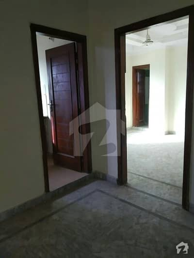 flat for rent available in mini market F-15 Islamabad