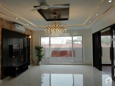 1 kanal brand new muzhair muneer design for sale Dha phase 6 near DHA Office