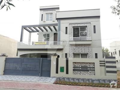 10 MARLA BRAND NEW HOUSE IN IRIS BLOCK