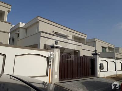 500 sqyd 2 unit bungalow for rent at Tipu Sultan Road