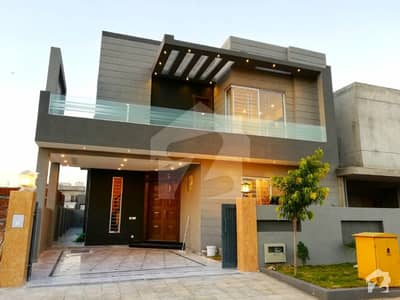 بحریہ گرینز۔ اوورسیز انکلیو بحریہ ٹاؤن فیز 8 بحریہ ٹاؤن راولپنڈی راولپنڈی میں 5 کمروں کا 10 مرلہ مکان 2.25 کروڑ میں برائے فروخت۔