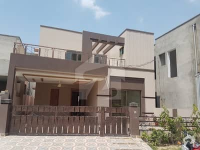 8 marla brand new house for sale in Divine Gardens airport road
